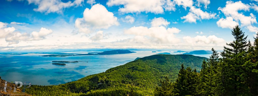 The panoramic view from the top of Mt. Consitution, Moran State Park WA.